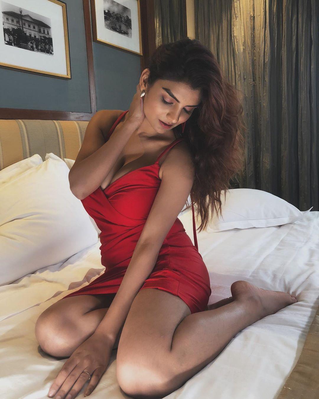 Anveshi Jain Hot Photos