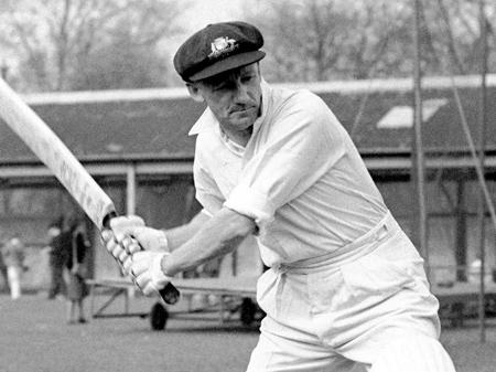 10 Unique Cricket Records