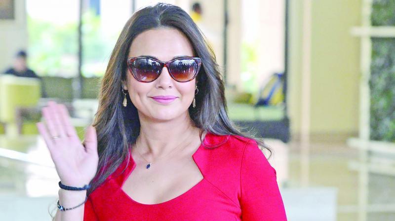 Bollywood Actress MMS Video