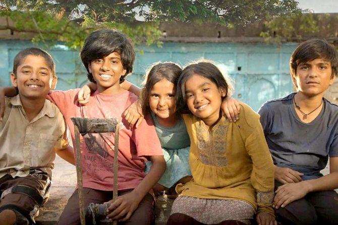 Atkan chatkan movie review: Zee5 Atkan Chatkan Full Movie Download HD 720p 480p