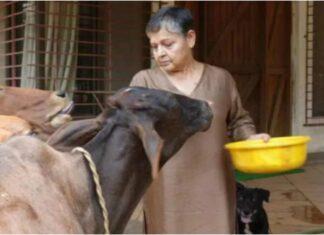 rakhi gulzar spending time in her farmhouse