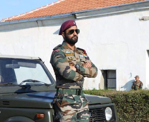 vicky kaushal army