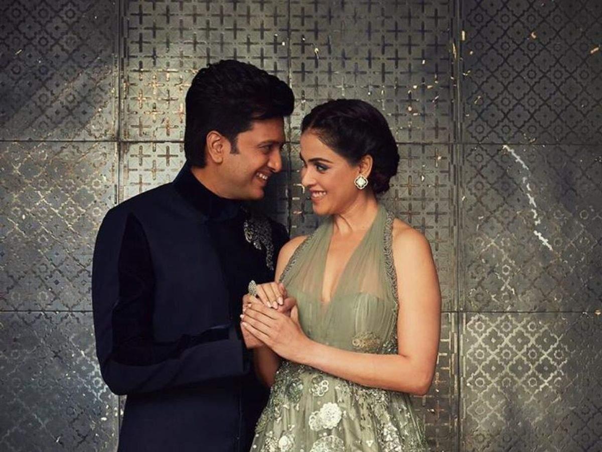 Riteish Genelia Wedding Anniversary