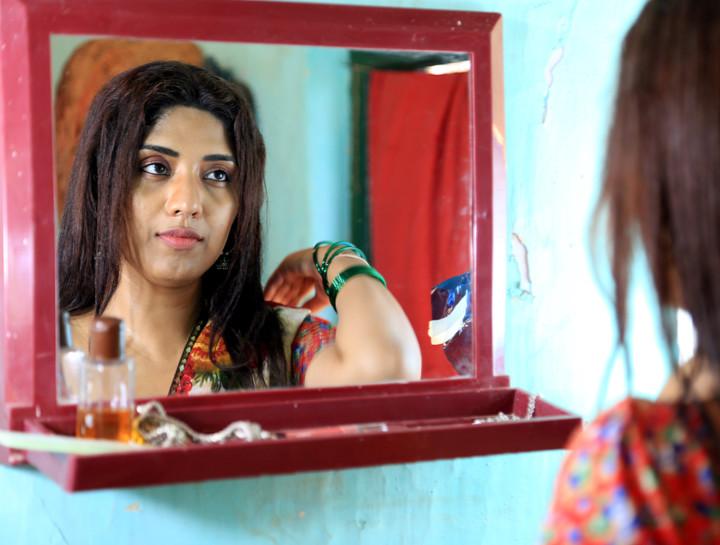 Aakhet full movie download hd mp4 movie review aakhet
