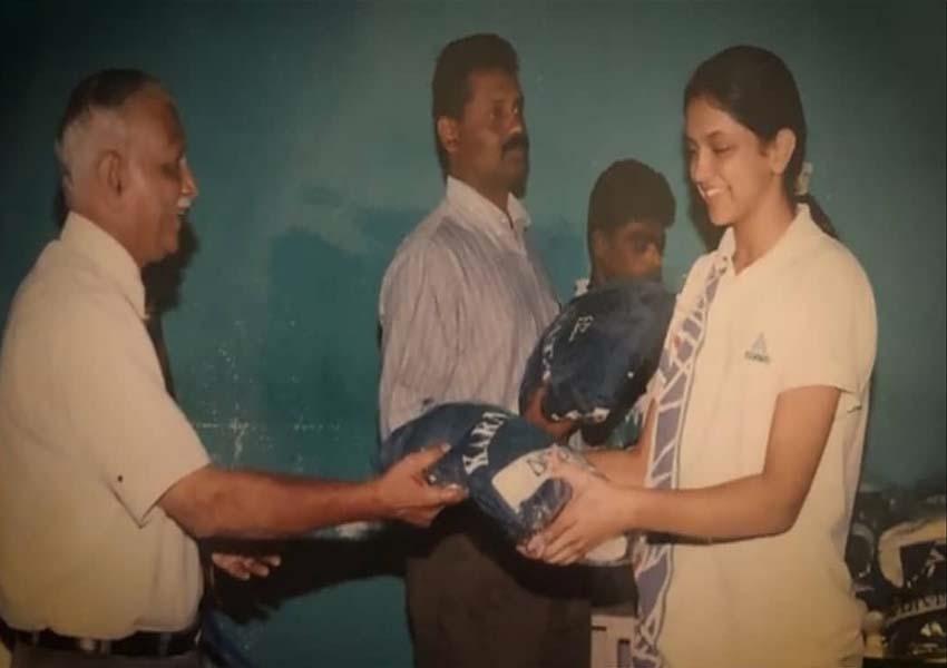 Bollywood Actress School Photos