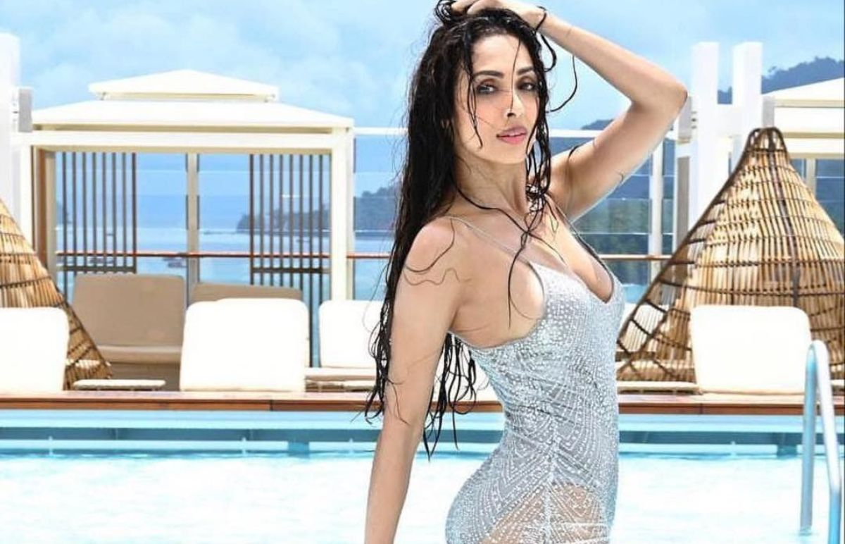 MALAIKA ARORA TO BECOME MOTHER AT AGE 47? REVEALED IN A REALITY SHOW